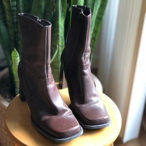 Shoes - 90s Chunky Heel Ankle Boots Brown Square Heel
